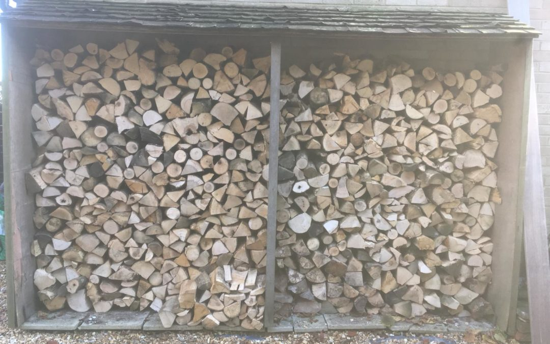 Seasoned hardwood logs delivered to Winchester